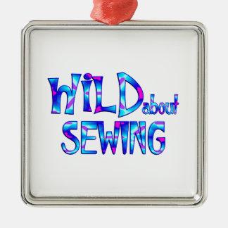Ornamento De Metal Selvagem sobre Sewing
