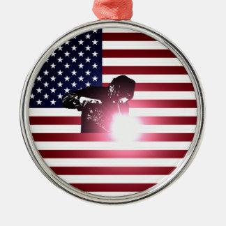 Ornamento De Metal Soldador e bandeira americana