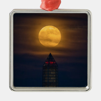 Ornamento De Metal Supermoon sobre o monumento de Washington