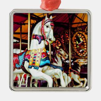 Ornamento De Metal Três cavalos do carrossel