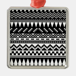 Ornamento De Metal Tribal asteca preto e branco