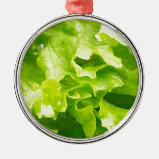 Ornamento De Metal Vista macro das folhas da alface em uma salada