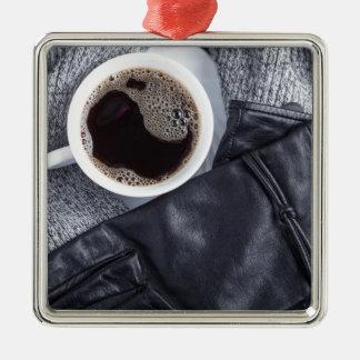 Ornamento De Metal Vista superior de um copo branco com café