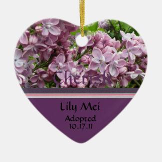 Ornamento do anúncio da adopção do Lilac
