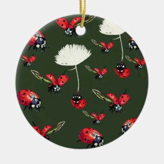 Ornamento do círculo das joaninha