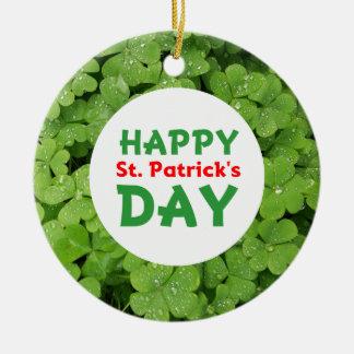 Ornamento do círculo do dia de St Patrick feliz