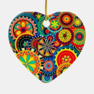 Ornamento do coração da celebração do Pinwheel