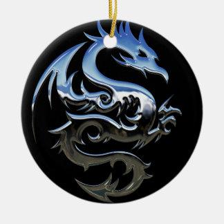Ornamento do dragão do cromo