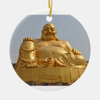 Ornamento dourado de Buddha