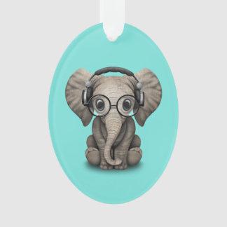 Ornamento Elefante bonito DJ do bebê que veste fones de