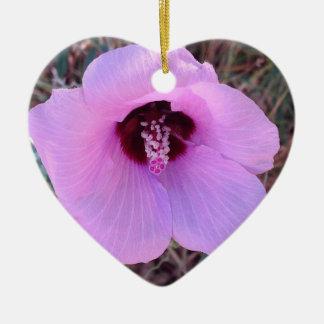 Ornamento floral cor-de-rosa bonito