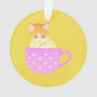 Ornamento gato em um copo