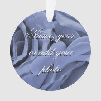 Ornamento Luz delicada - os rosas das cinzas azuis florescem