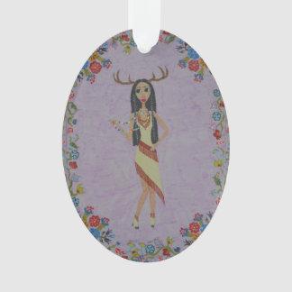 Ornamento Mulher dos cervos (série #5 da forma do conto de