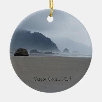 Ornamento noroeste pacífico da praia da costa de