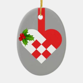 Ornamento oval cerâmico do coração bonito do Natal