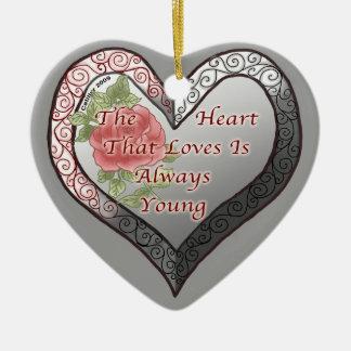 Ornamento sempre novo do coração dos namorados
