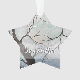 Ornamento Senhora Luna embalado pela árvore