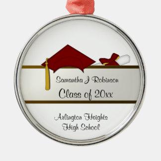 Ornamento vermelho da graduação do boné