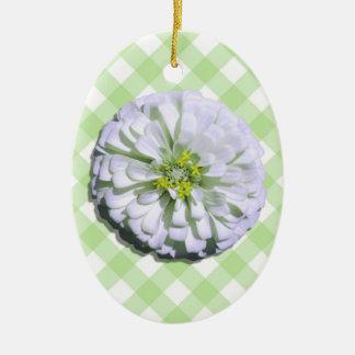 Ornamento - Zinnia branco Lemony na estrutura