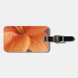 Orquídea alaranjada tag de mala