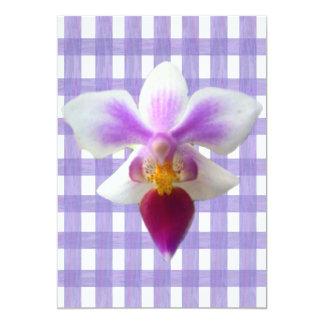 Orquídea no guingão do laço da lavanda convites personalizados