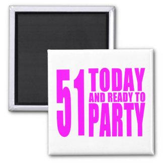 Os aniversários engraçados 51 das meninas hoje e imãs de geladeira