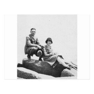 os anos 20 acoplam-se em férias cartão postal