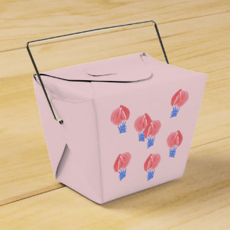 Os balões de ar removem a caixa do favor