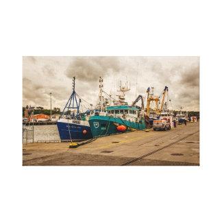 """""""Os barcos de pesca irlandeses"""" muram impressões"""