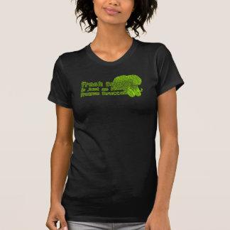 Os brócolos frescos são camisas desagradáveis de t tshirts
