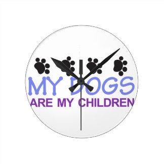 Os cães são minhas crianças relógio para parede