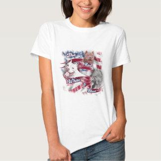 Os cães vermelhos, brancos & azuis de Pitbull Camisetas