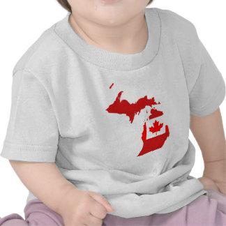 Os canadenses vivem ou trabalham em michigan t-shirt