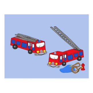 Os carros de bombeiros vermelhos do bombeiro cartão postal
