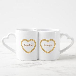 Os casais personalizaram a caneca de café com