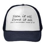 Os chapéus engraçados do camionista das ideias do  bonés