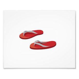 os chinelos cinzentos vermelhos deslocaram .png impressão de foto