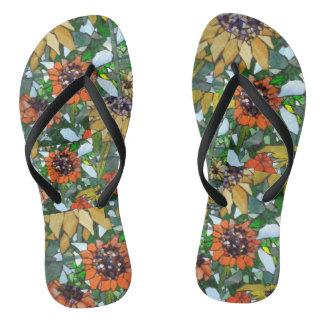 Os chinelos das mulheres do mosaico do girassol