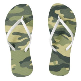 Os chinelos verdes de Camo, camuflam monótono
