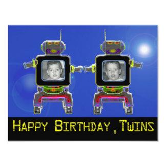 Os convites de festas de aniversários gêmeos do