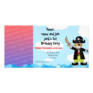 øs convites de festas do menino do aniversário do  cartão com foto