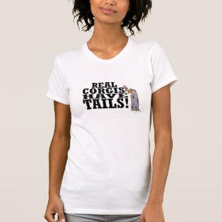 Os Corgis reais têm a camisa das caudas T