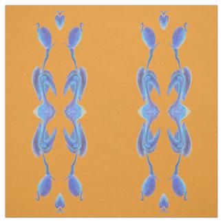 os egrets agrupam no tecido alaranjado