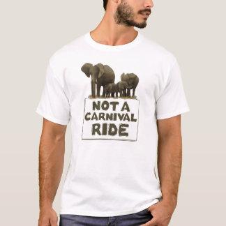 Os elefantes não são um passeio do carnaval camiseta