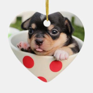 Os enfeites de natal da chihuahua do coração