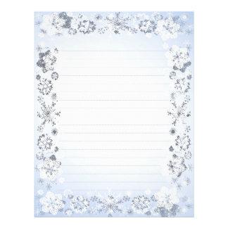 Os flocos de neve alinharam o papel de carta