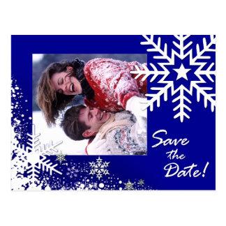 Os flocos de neve do inverno salvar a foto da data cartao postal