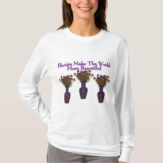 Os floristas embelezam a camiseta do mundo
