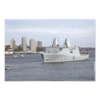Os fuzileiros navais e os marinheiros equipam os impressão fotográfica